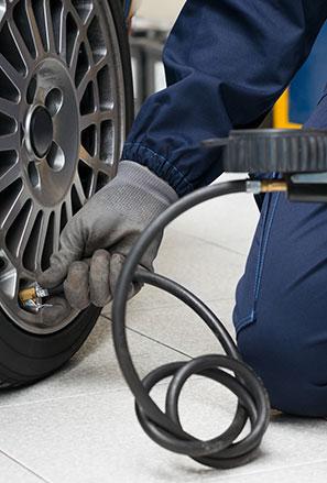 Tyre pressure service block